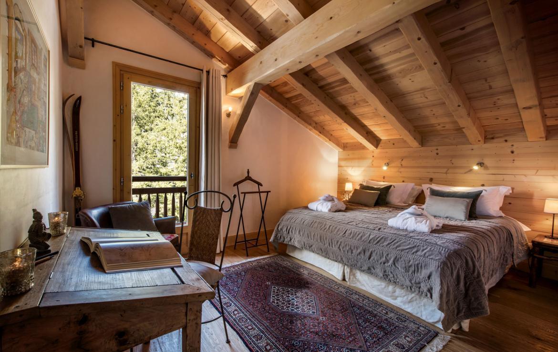 Chalet-Aster-Bedroom-1