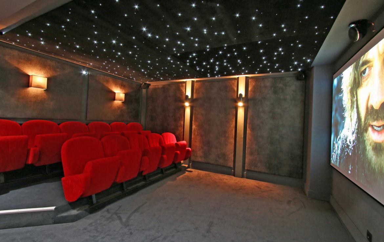 Chalet-Aster-Games-Room-Cinema