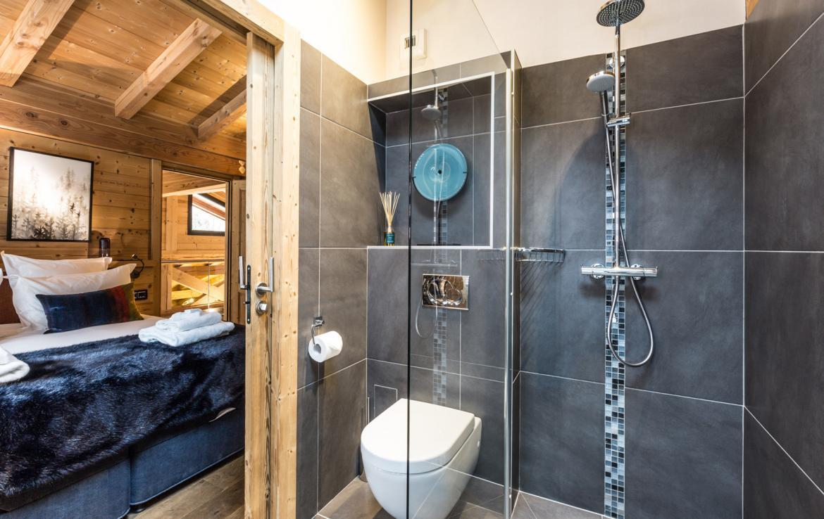 Chalet-Couttet---Stag-Bathroom-2