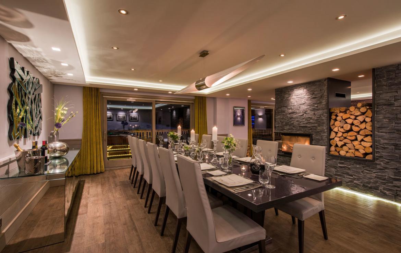 DINING-ROOM-PICTURE-2-MERIBEL