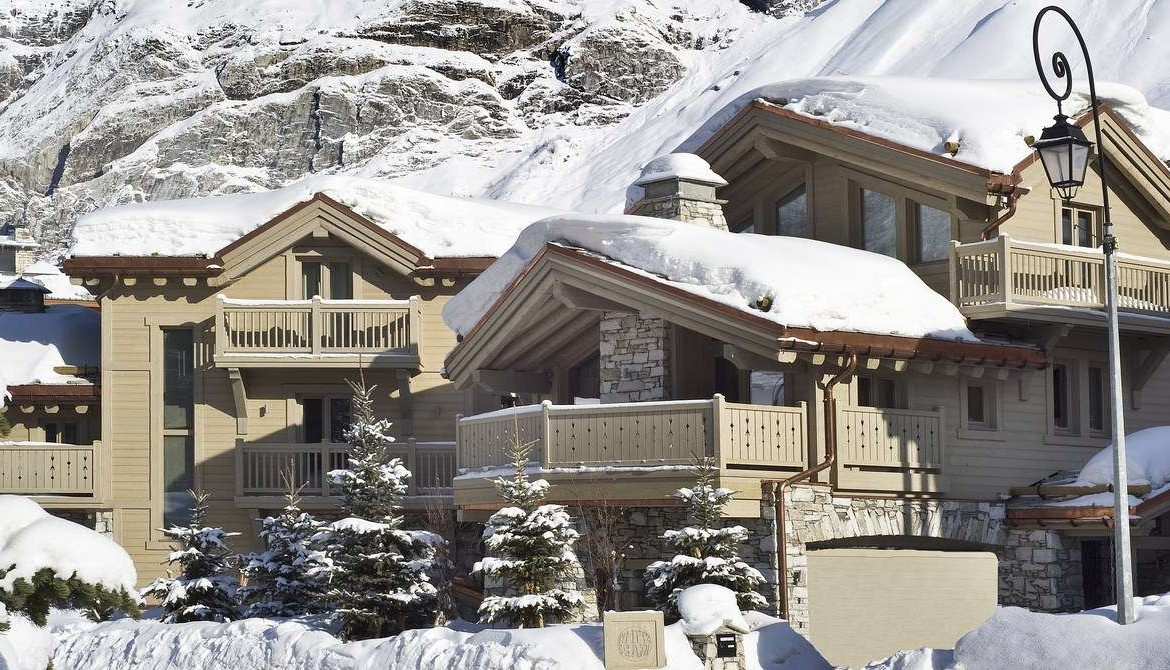 Kings-avenua-val-disere-snow-chalet-childfriendly-hammam-swimming-pool-covered-parking-cinema-boot-heaters-fireplace-area-val-disere-014