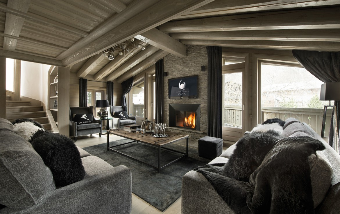 Kings-avenua-val-disere-snow-chalet-childfriendly-hammam-swimming-pool-covered-parking-cinema-boot-heaters-fireplace-area-val-disere-014-4