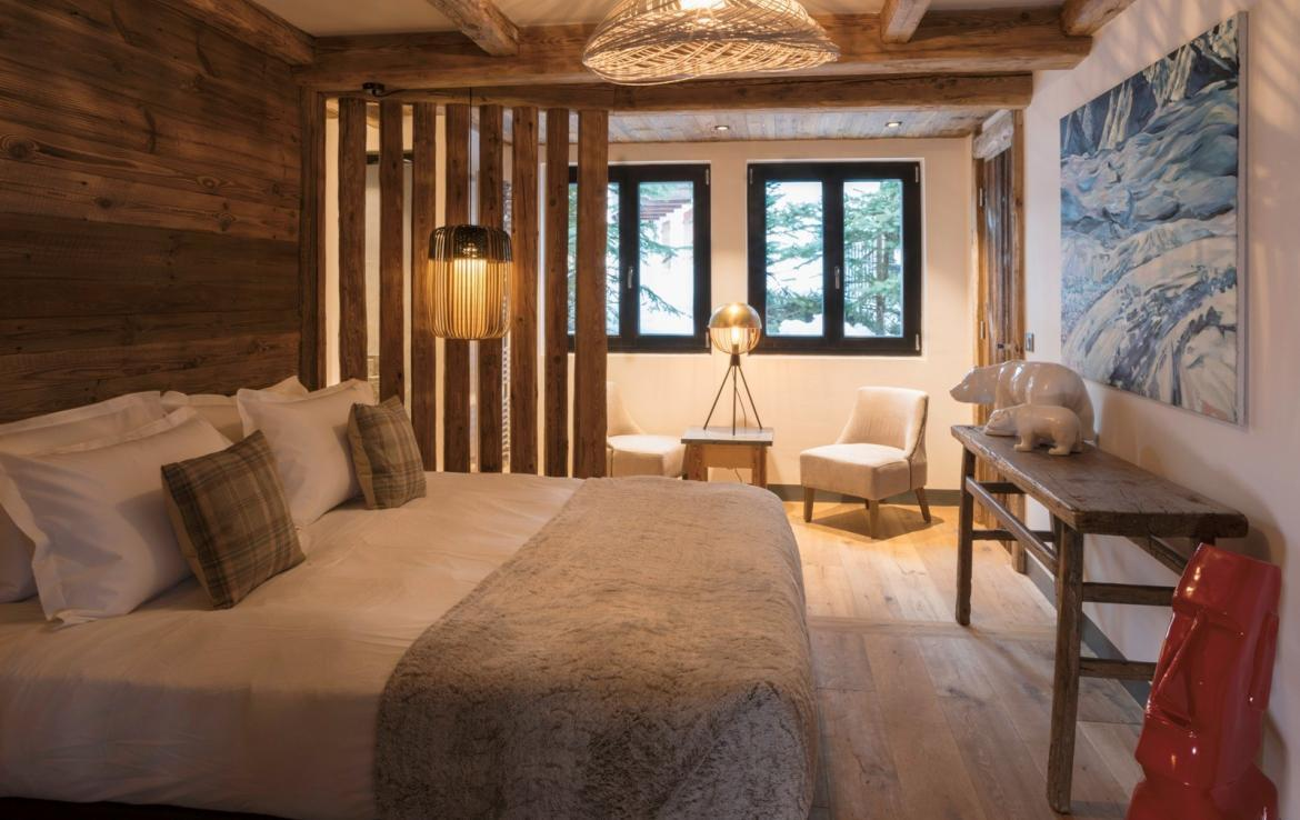 Kings-avenua-val-disere-snow-chalet-hammam-covered-parking-fireplace-ski-in-ski-out-massage-room-boot-heaters-area-val-disere-018-11