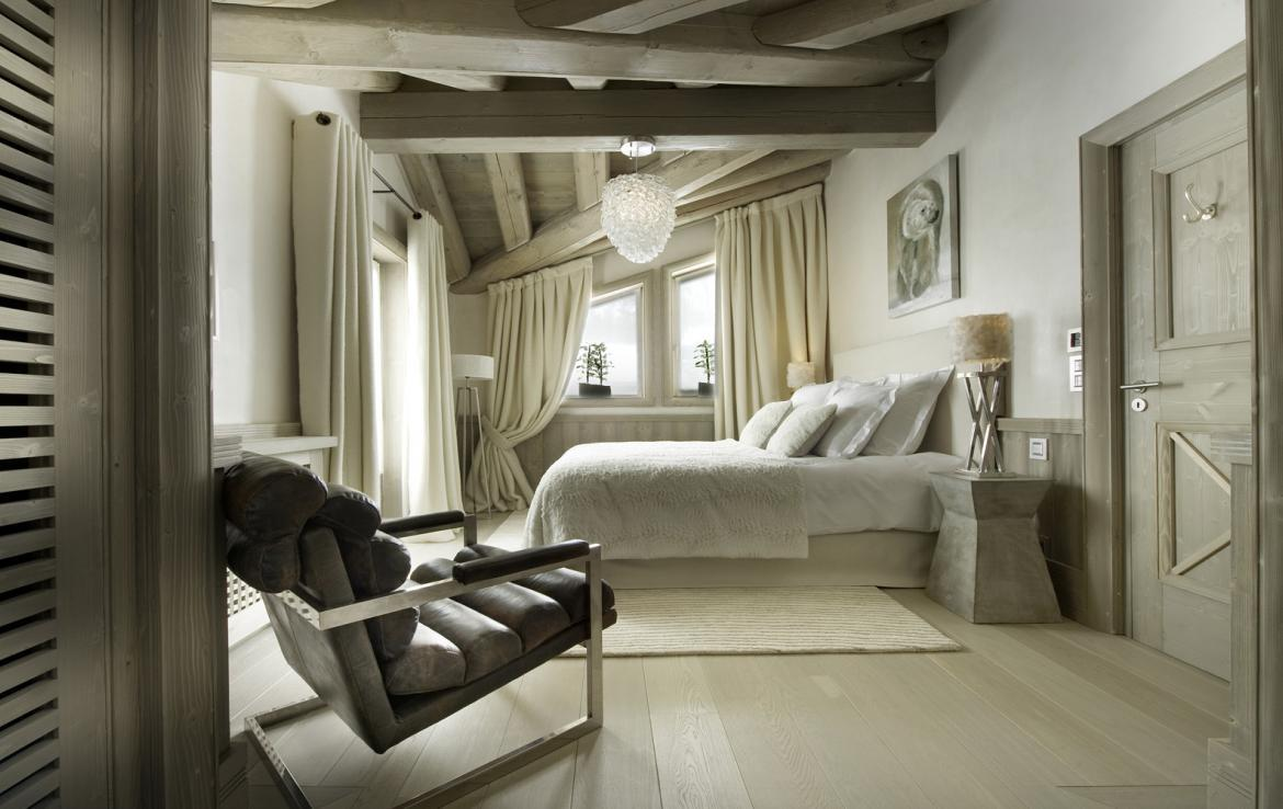 Kings-avenua-val-disere-snow-chalet-hammam-swimming-pool-childfriendly-parking-cinema-boot-heaters-fireplace-area-val-disere-007-15