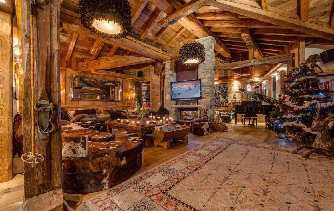 Kings-avenua-val-disere-snow-chalet-hammam-swimming-pool-childfriendly-parking-cinema-boot-heaters-fireplace-gym-wine-cellar-area-val-disere-006-2-1