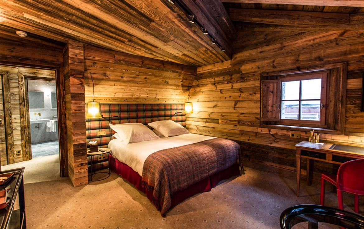 Kings-avenua-val-disere-snow-chalet-wifi-sauna-hammam-swimming-pool-childfriendly-parking-cinema-boot-heaters-fireplace-massage-room-spa-pool-area-val-disere-002-11