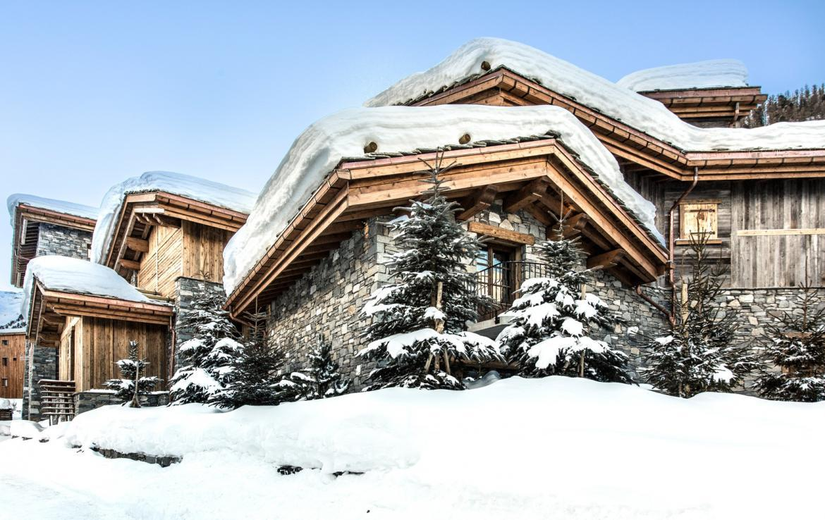 Kings-avenua-val-disere-snow-chalet-wifi-sauna-hammam-swimming-pool-childfriendly-parking-cinema-boot-heaters-fireplace-massage-room-spa-pool-area-val-disere-002