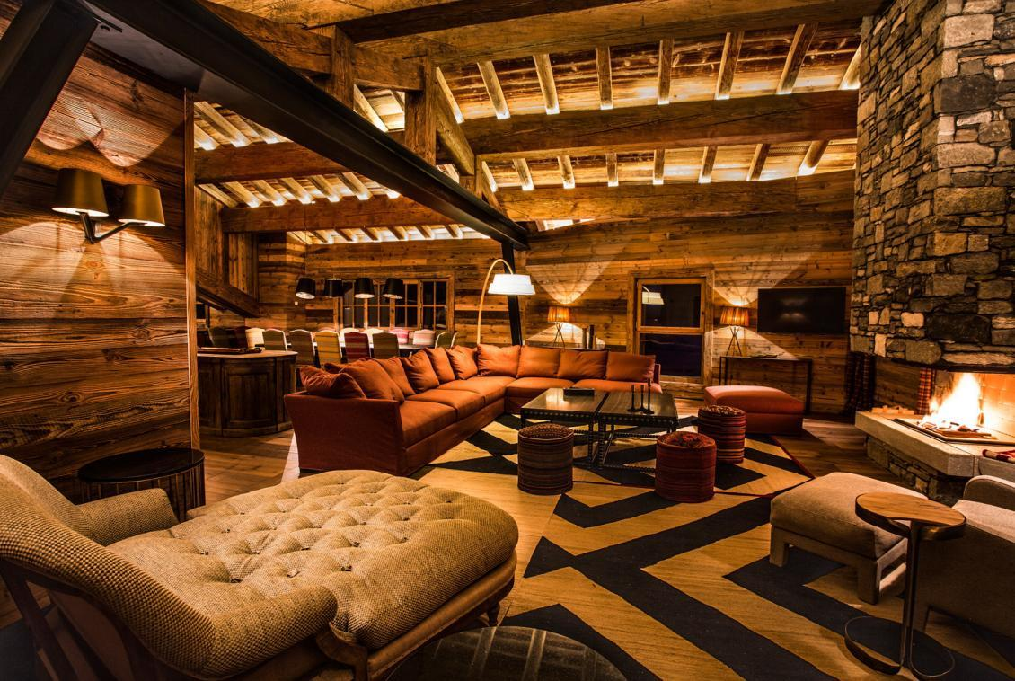 Kings-avenua-val-disere-snow-chalet-wifi-sauna-hammam-swimming-pool-childfriendly-parking-cinema-boot-heaters-fireplace-massage-room-spa-pool-area-val-disere-002-2