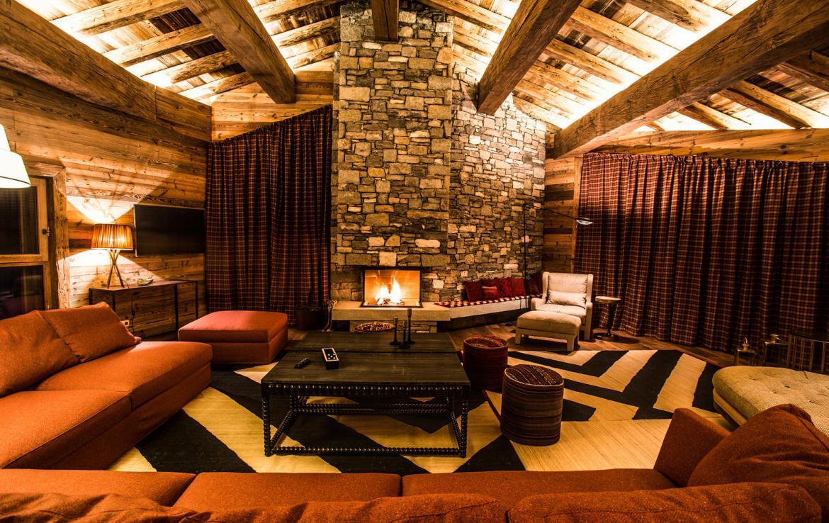 Kings-avenua-val-disere-snow-chalet-wifi-sauna-hammam-swimming-pool-childfriendly-parking-cinema-boot-heaters-fireplace-massage-room-spa-pool-area-val-disere-002-3
