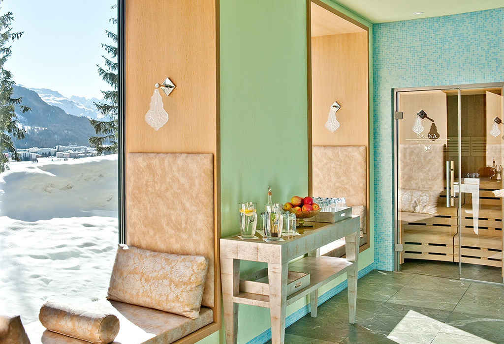 Kings-avenua-val-disere-snow-penthouse-tv-hifi-telephone-wifi-sauna-jacuzzi-hammam-swimming-pool-childfriendly-parking-fireplace-area-st-mortiz-011-18