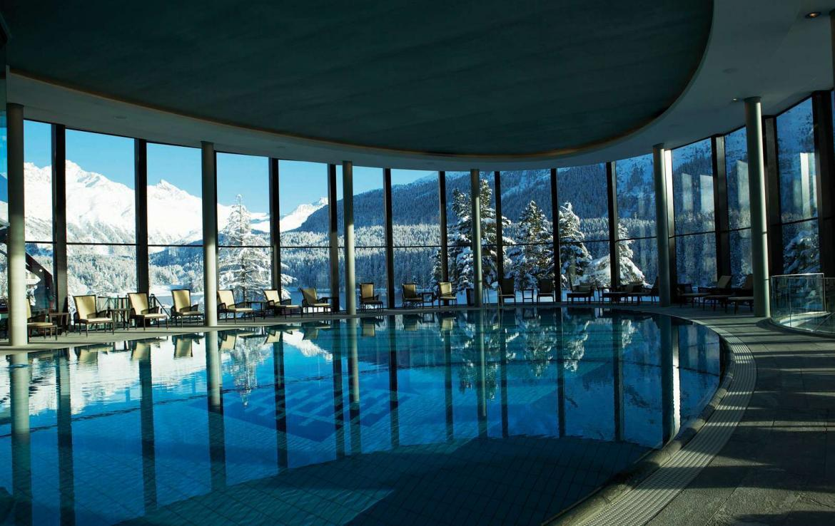 Kings-avenua-val-disere-snow-suite-wifi-satellite-childfriendly-parking-boot-heaters-fireplace-spa-area-st-mortiz-009-6