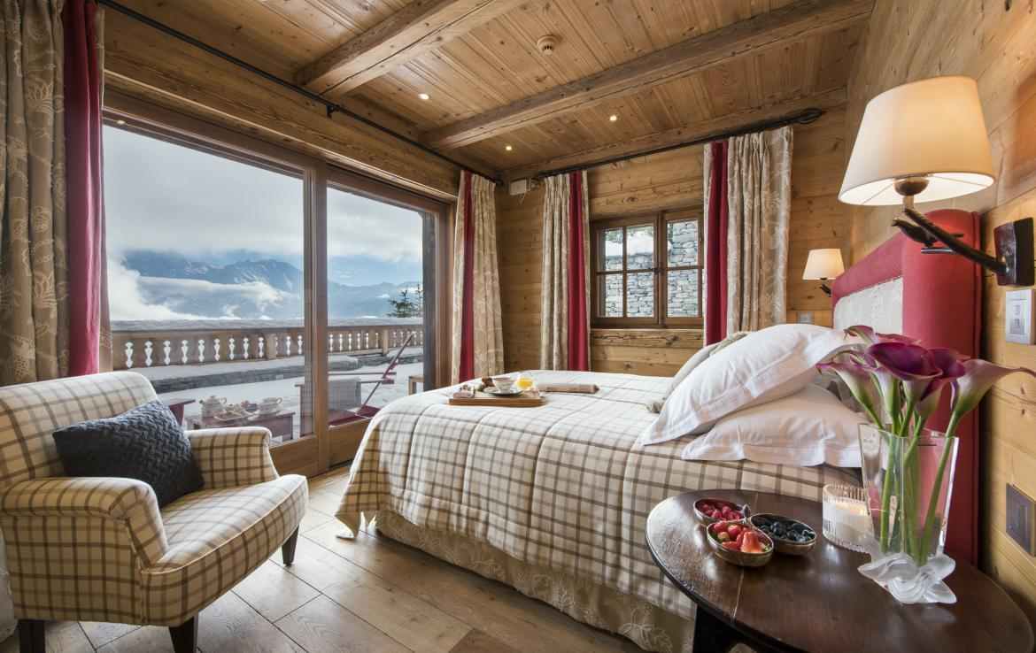 Kings-avenua-verbier-sauna-jacuzzi-hammam-swimming-pool-childfriendly-parking-cinema-gym-boot-heaters-fireplace-massage-room-wine-cellar-area-verbier-006-32