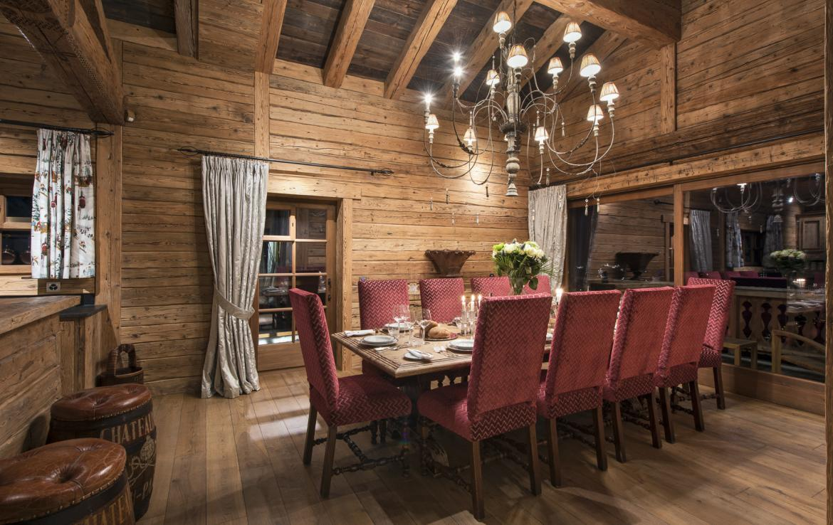 Kings-avenua-verbier-sauna-jacuzzi-hammam-swimming-pool-childfriendly-parking-cinema-gym-boot-heaters-fireplace-massage-room-wine-cellar-area-verbier-006-8