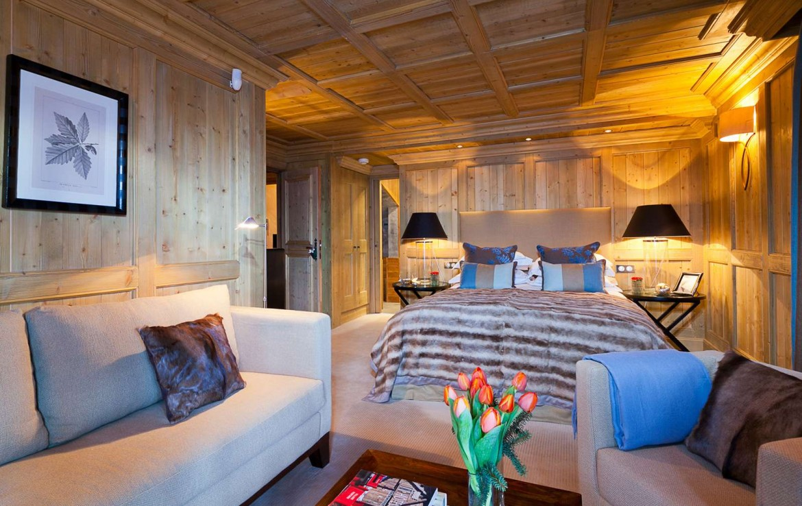 Kings-avenue-courchevel-dvd-tv-hifi-wifi-jacuzzi-childfriendly-parking-boot-heaters-fireplace-tv-room-large-terrace-area-courchevel-033-4