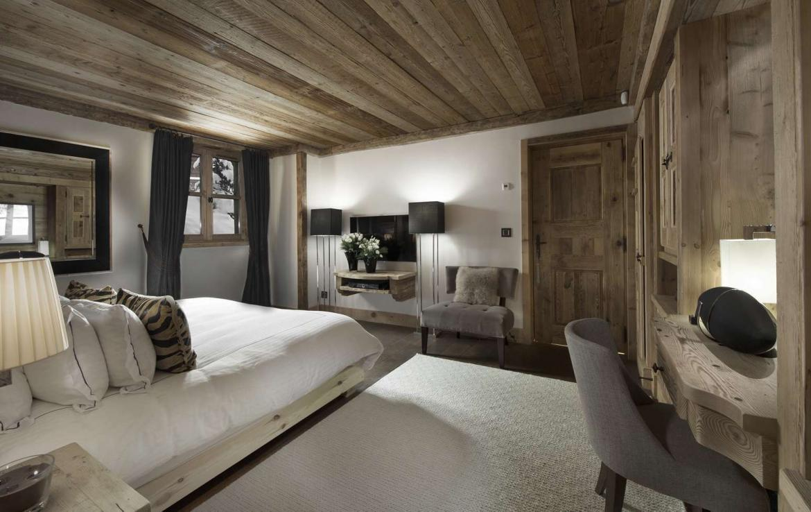 Kings-avenue-courchevel-hammam-swimming-pool-childfriendly-parking-cinema-boot-heaters-fireplace-ski-in-ski-out-lift-kids-playroom-gym-area-courchevel-015-15