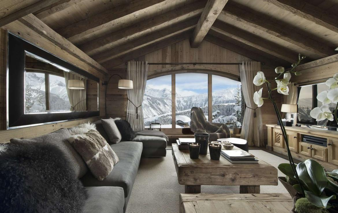 Kings-avenue-courchevel-hammam-swimming-pool-childfriendly-parking-cinema-boot-heaters-fireplace-ski-in-ski-out-lift-kids-playroom-gym-balconies-area-courchevel-015-5