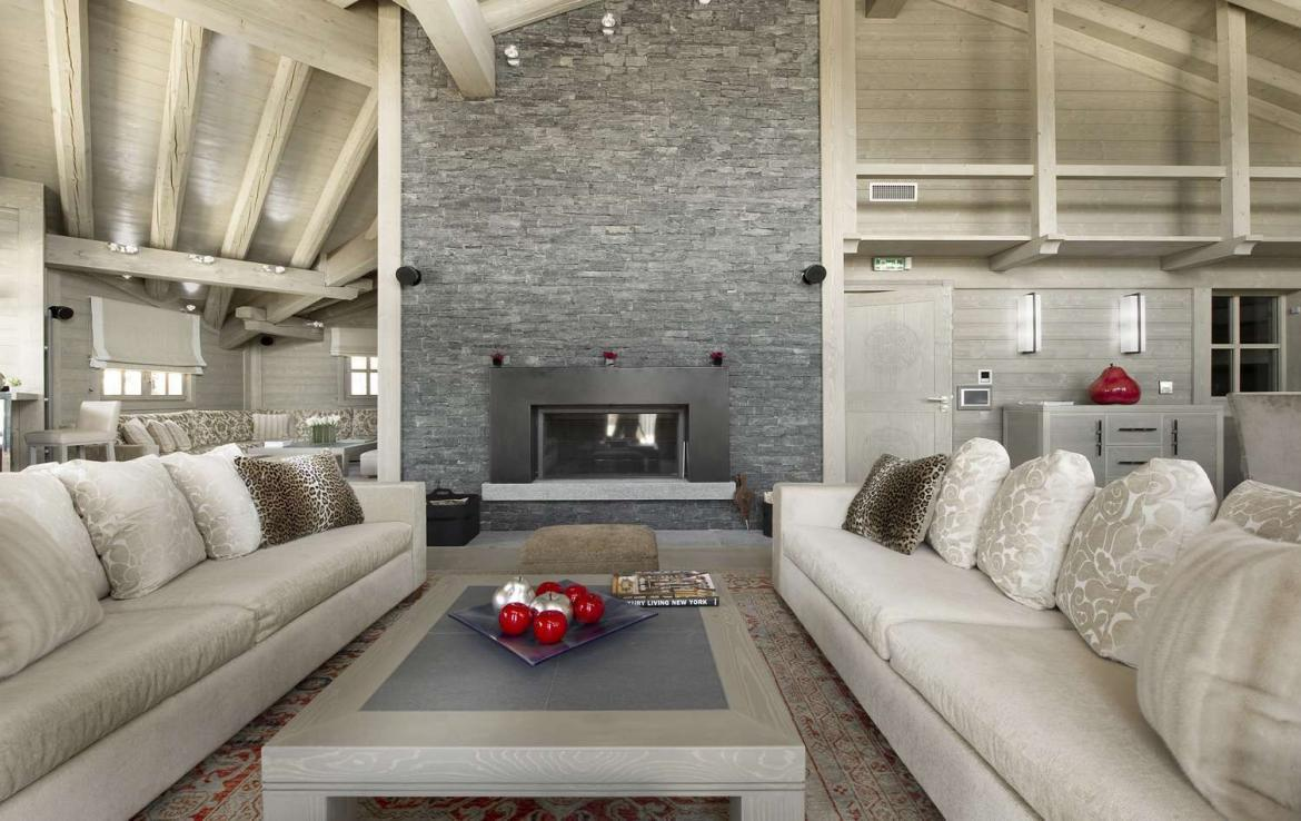 Kings-avenue-courchevel-hammam-swimming-pool-childfriendly-parking-cinema-boot-heaters-fireplace-ski-in-ski-out-lift-terrace-bar-library-area-courchevel-091-3