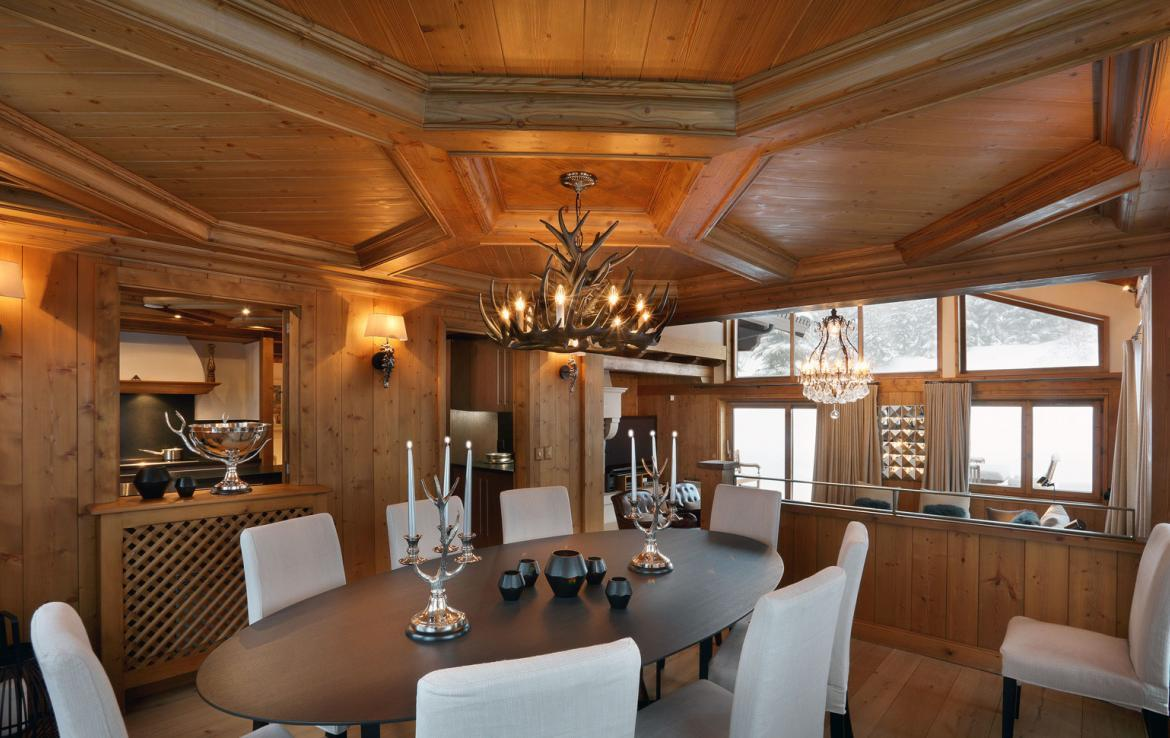 Kings-avenue-courchevel-jacuzzi-hammam-childfriendly-parking-boot-heaters-fireplace-ski-in-ski-out-gardens-area-courchevel-003-3