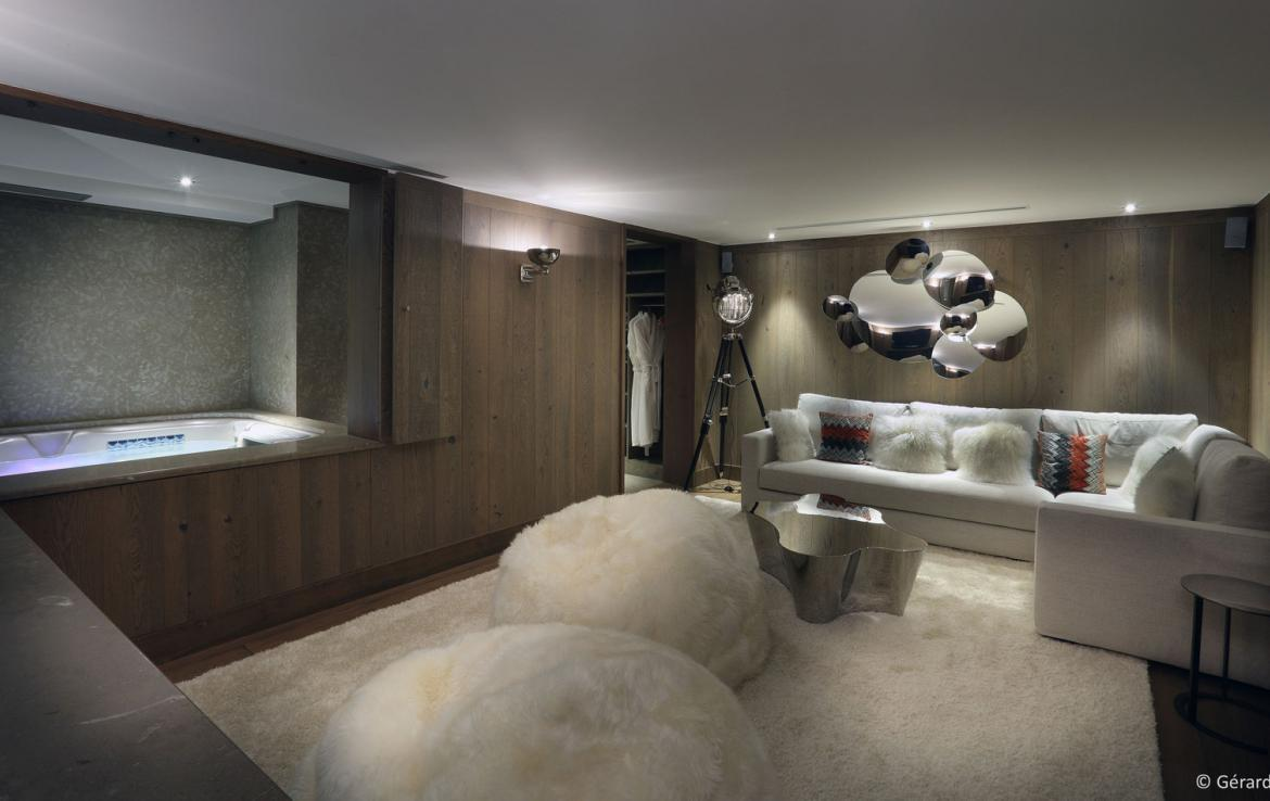 Kings-avenue-courchevel-jacuzzi-hammam-childfriendly-parking-boot-heaters-fireplace-ski-in-ski-out-gardens-area-courchevel-003-5