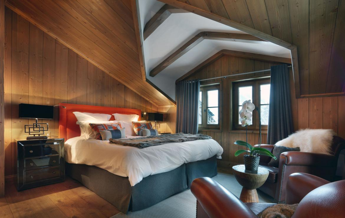 Kings-avenue-courchevel-jacuzzi-hammam-childfriendly-parking-boot-heaters-fireplace-ski-in-ski-out-gardens-area-courchevel-003-9