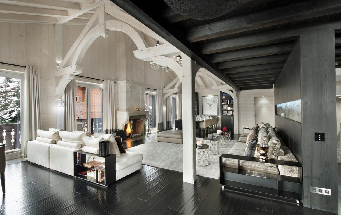 Kings-avenue-courchevel-jacuzzi-hammam-swimming-pool-childfriendly-cinema-games-room-gym-boot-heaters-fireplace-ski-in-ski-out-wine-cellar-courchevel-042-2