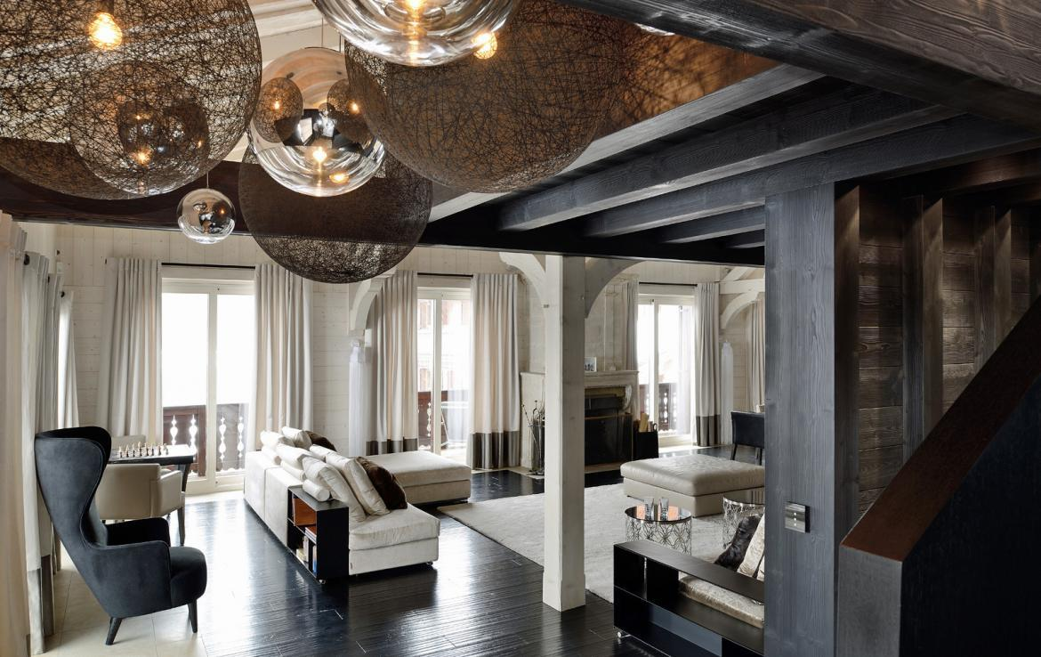 Kings-avenue-courchevel-jacuzzi-hammam-swimming-pool-childfriendly-cinema-games-room-gym-boot-heaters-fireplace-ski-in-ski-out-wine-cellar-courchevel-042-4