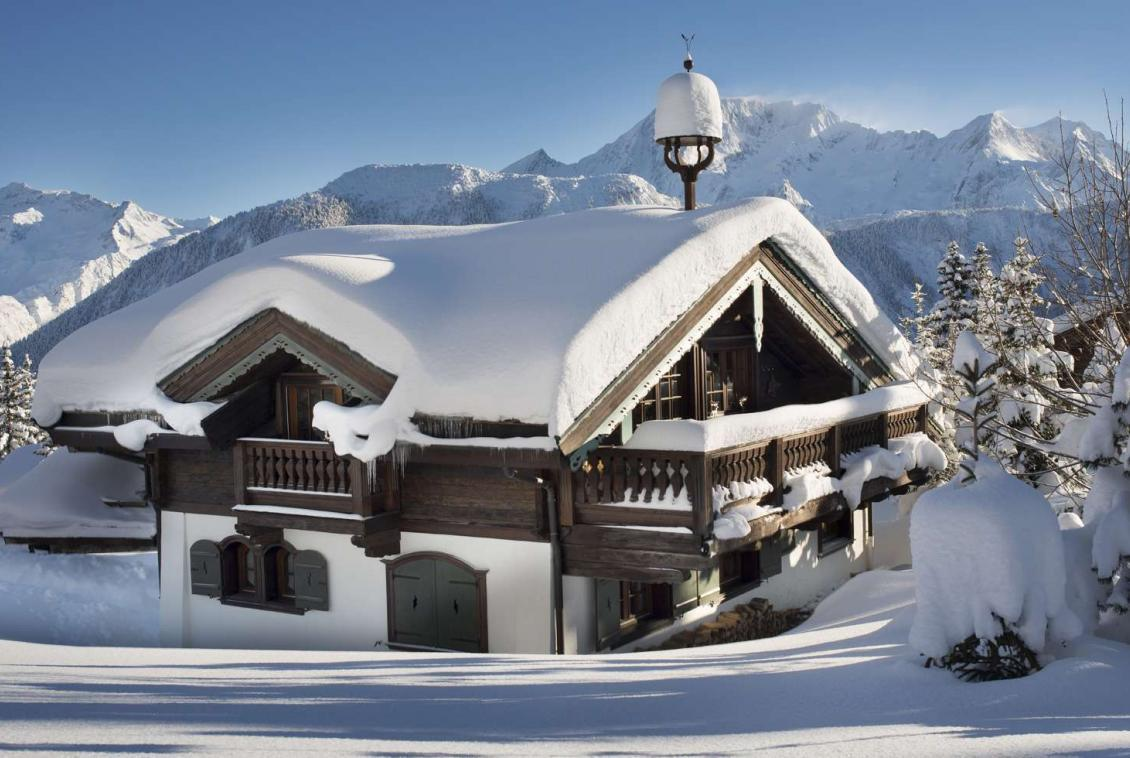 Kings-avenue-courchevel-sauna-hammam-swimming-pool-childfriendly-parking-cinema-kids-playroom-games-boot-heaters-fireplace-ski-in-ski-out-area-courchevel-089