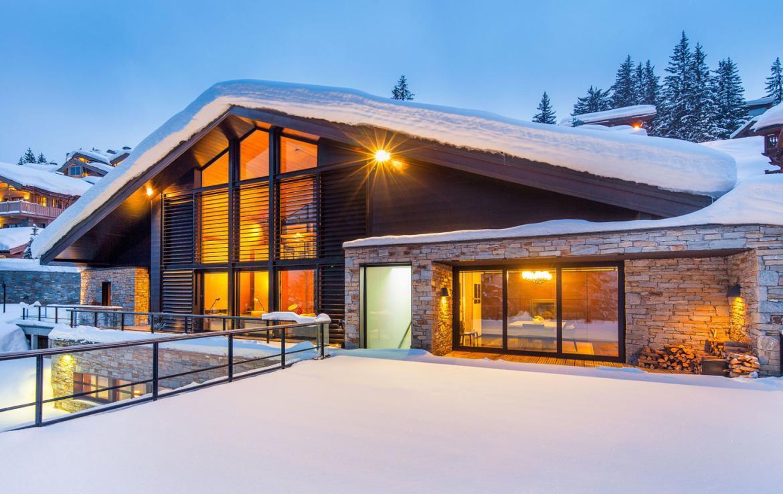 Kings-avenue-courchevel-sauna-jacuzzi-hammam-childfriendly-parking-cinema-gym-boot-heaters-fireplace-ski-in-ski-out-area-courchevel-013-2