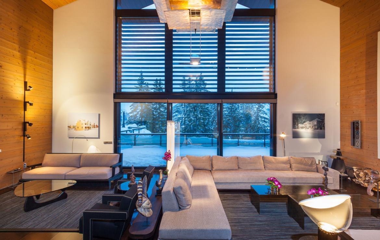 Kings-avenue-courchevel-sauna-jacuzzi-hammam-childfriendly-parking-cinema-gym-boot-heaters-fireplace-ski-in-ski-out-area-courchevel-013-3