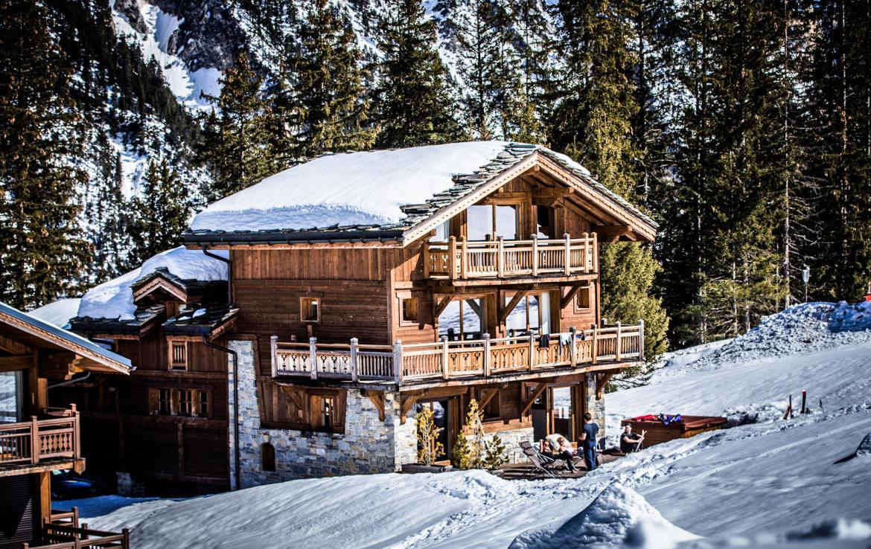 Kings-avenue-courchevel-sauna-jacuzzi-hammam-childfriendly-parking-kids-playroom-boot-heaters-fireplace-ski-in-ski-out-cinema-bar-massage-area-courchevel-004-6