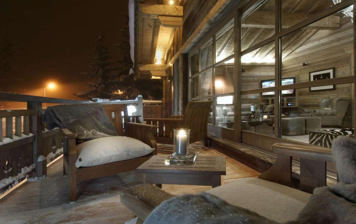 Kings-avenue-courchevel-sauna-jacuzzi-hammam-swimming-pool-childfriendly-parking-cinema-gym-boot-heaters-fireplace-lift-massage-room-area-courchevel-019-20