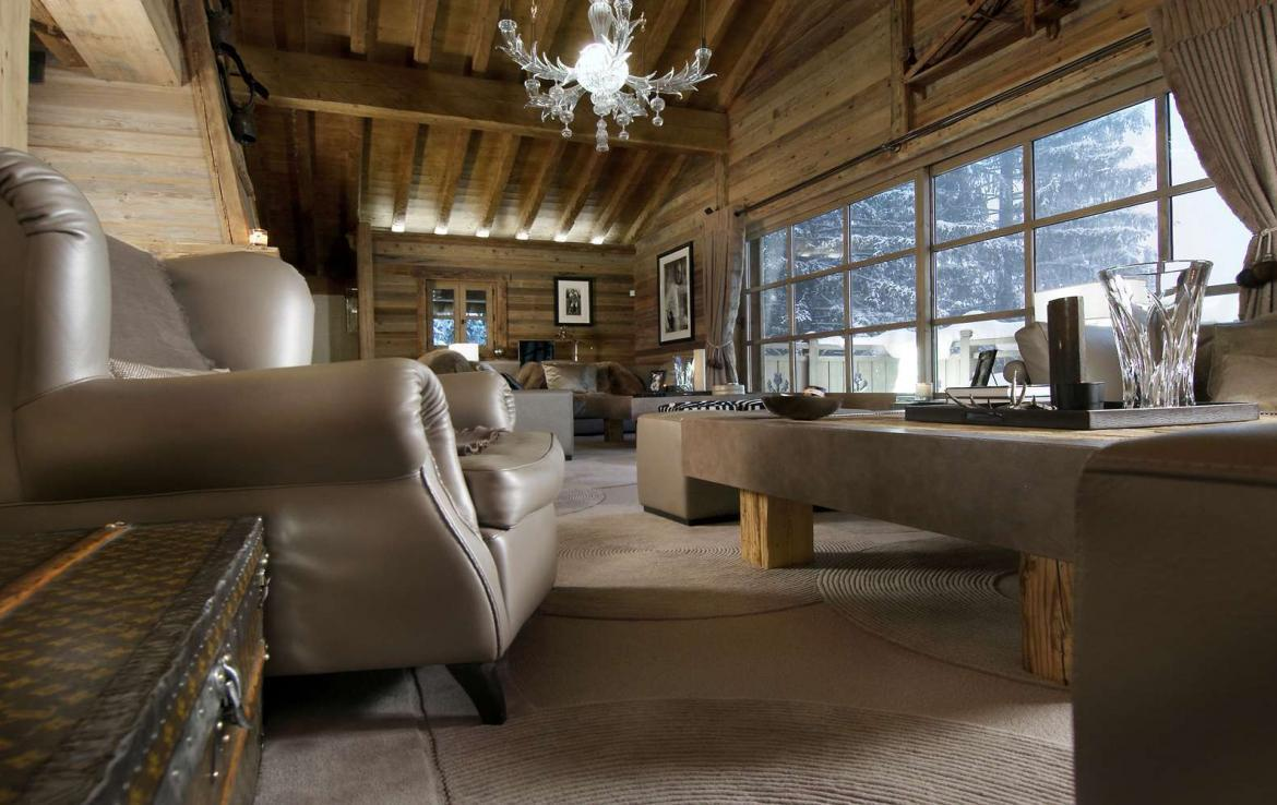 Kings-avenue-courchevel-sauna-jacuzzi-hammam-swimming-pool-childfriendly-parking-cinema-gym-boot-heaters-fireplace-lift-massage-room-area-courchevel-019-9