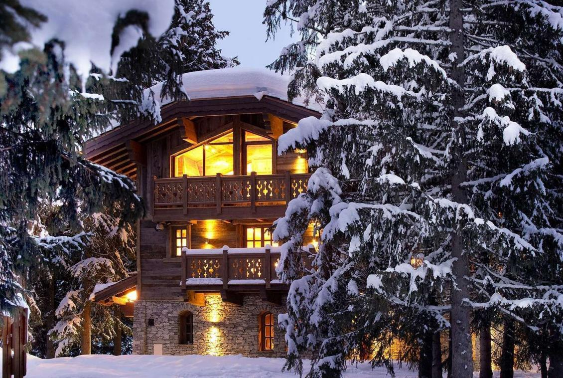 Kings-avenue-courchevel-sauna-jacuzzi-hammam-swimming-pool-childfriendly-parking-cinema-gym-boot-heaters-fireplace-ski-in-ski-out-lift-area-courchevel-021