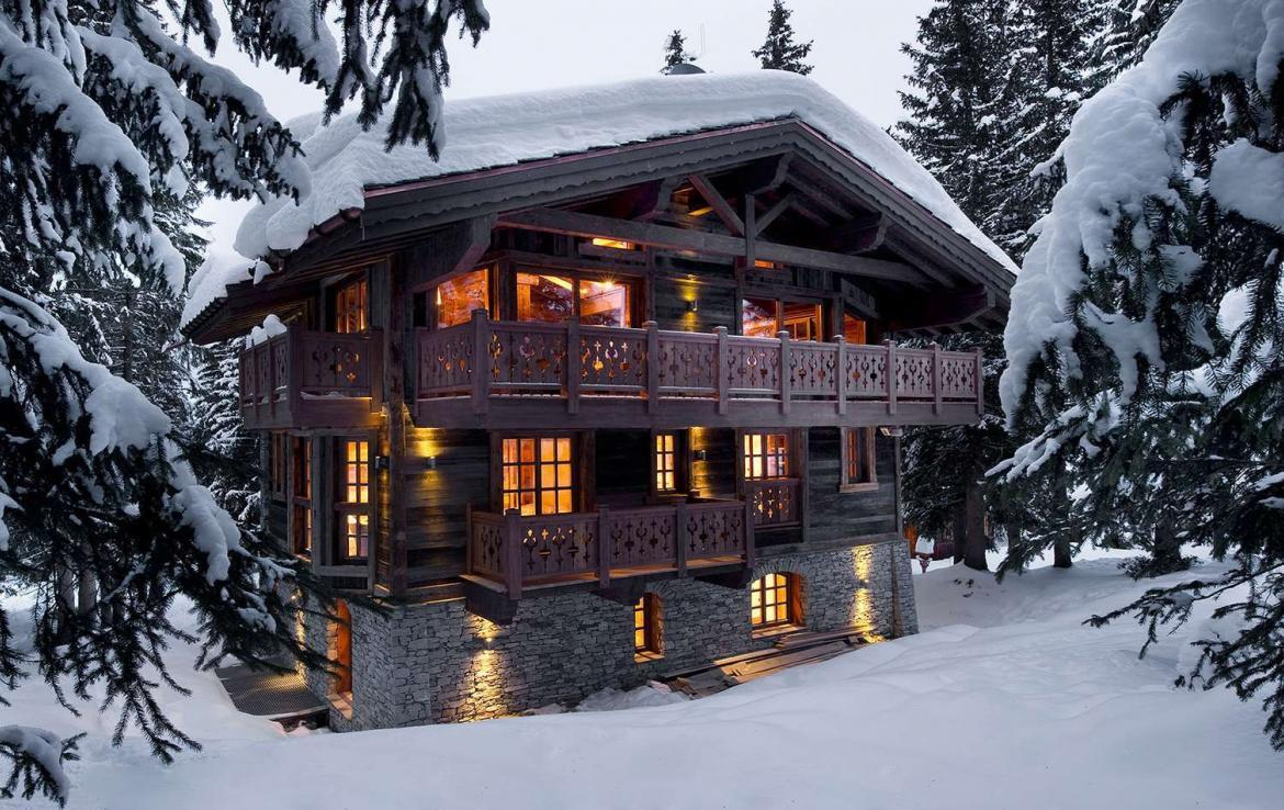 Kings-avenue-courchevel-sauna-jacuzzi-hammam-swimming-pool-childfriendly-parking-cinema-gym-boot-heaters-fireplace-ski-in-ski-out-lift-area-courchevel-021-2