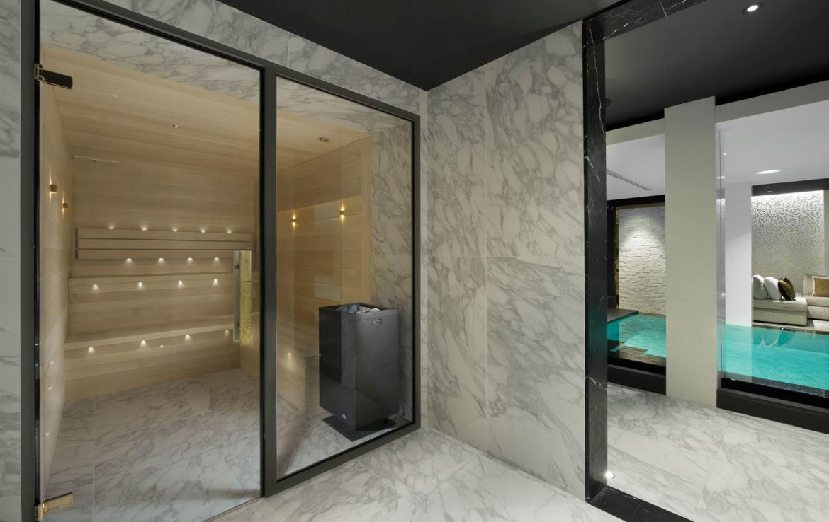 Kings-avenue-courchevel-sauna-jacuzzi-hammam-swimming-pool-childfriendly-parking-cinema-gym-boot-heaters-fireplace-ski-out-lift-area-courchevel-014-11