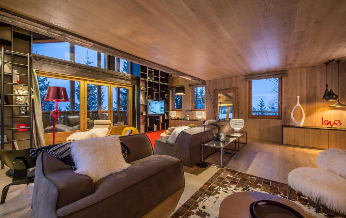 Kings-avenue-gourchevel-moriond-jacuzzi-hammam-childfriendly-parking-gym-boot-heaters-fireplace-massage-room-cinema-room-lounge-area-area-gourchevel-moriond-008-4