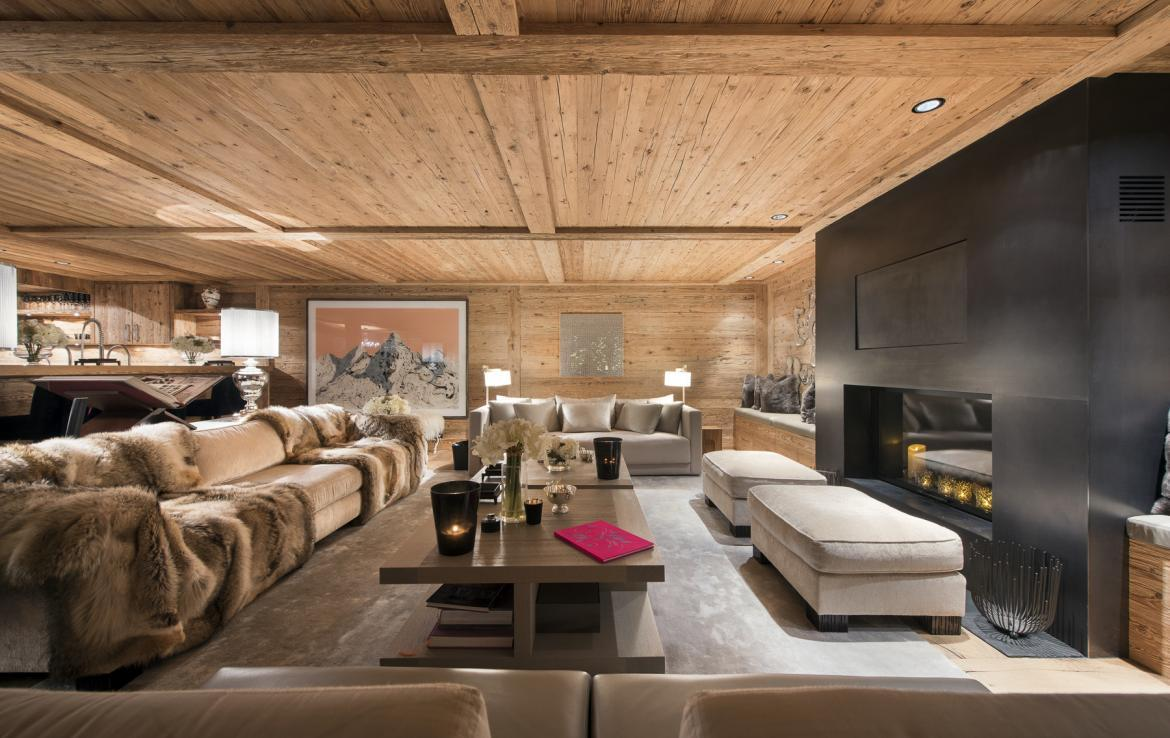 Kings-avenue-gstaad-hammam-swimming-pool-covered-parking-boot-heaters-fireplace-sound-system-area-gstaad-003