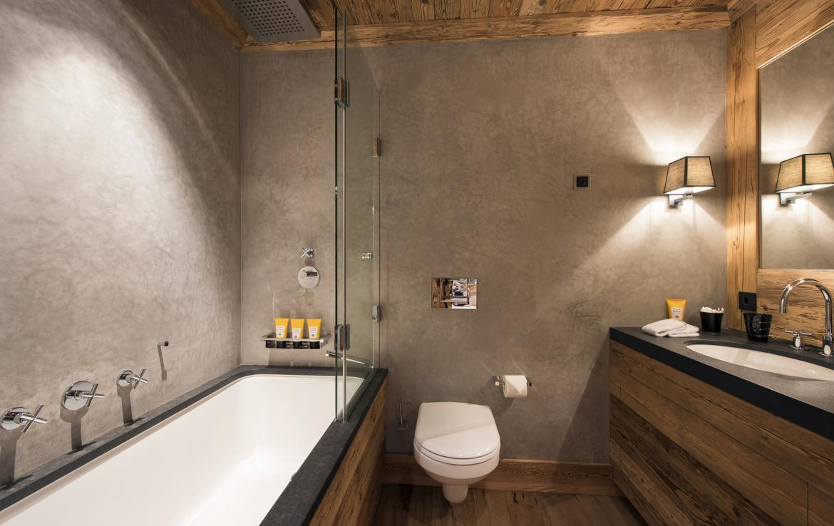 Kings-avenue-gstaad-hammam-swimming-pool-covered-parking-boot-heaters-fireplace-sound-system-area-gstaad-003-30