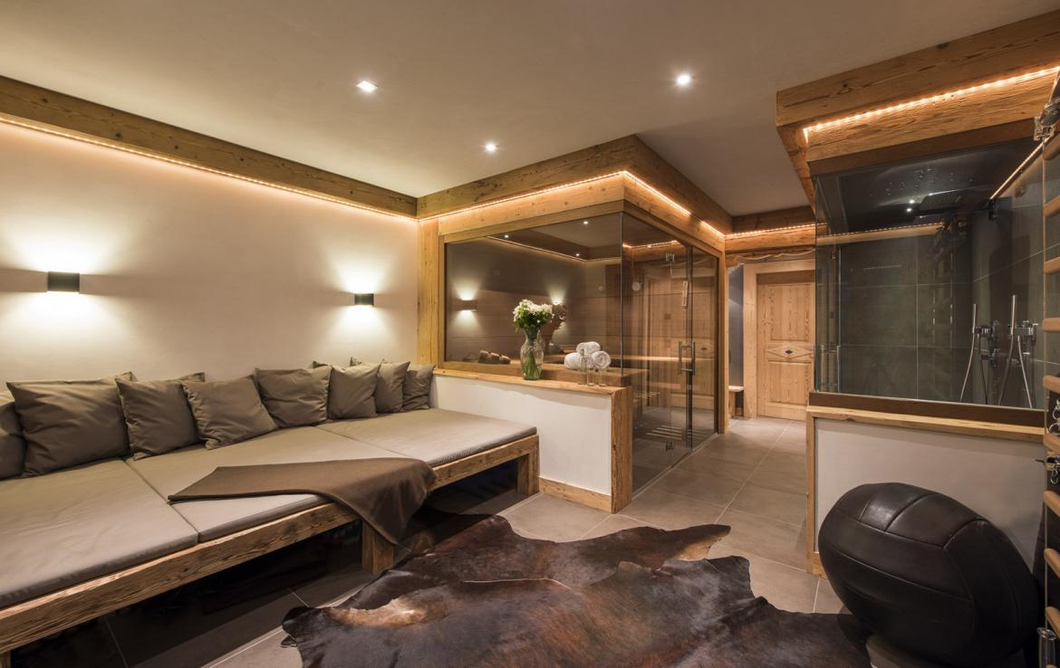 Kings-avenue-gstaad-sauna-hammam-childfriendly-parking-kids-playroom-games-room-gym-boot-heaters-fireplace-cinema-room-plunge-pool-area-gstaad-004-16