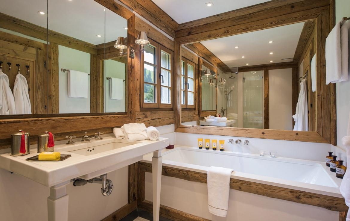 Kings-avenue-gstaad-sauna-hammam-childfriendly-parking-kids-playroom-games-room-gym-boot-heaters-fireplace-cinema-room-plunge-pool-area-gstaad-004-18