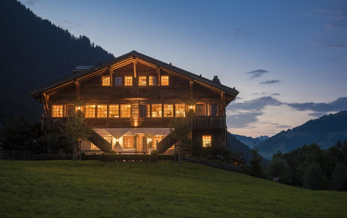 Kings-avenue-gstaad-sauna-hammam-childfriendly-parking-kids-playroom-games-room-gym-boot-heaters-fireplace-cinema-room-plunge-pool-area-gstaad-004-25