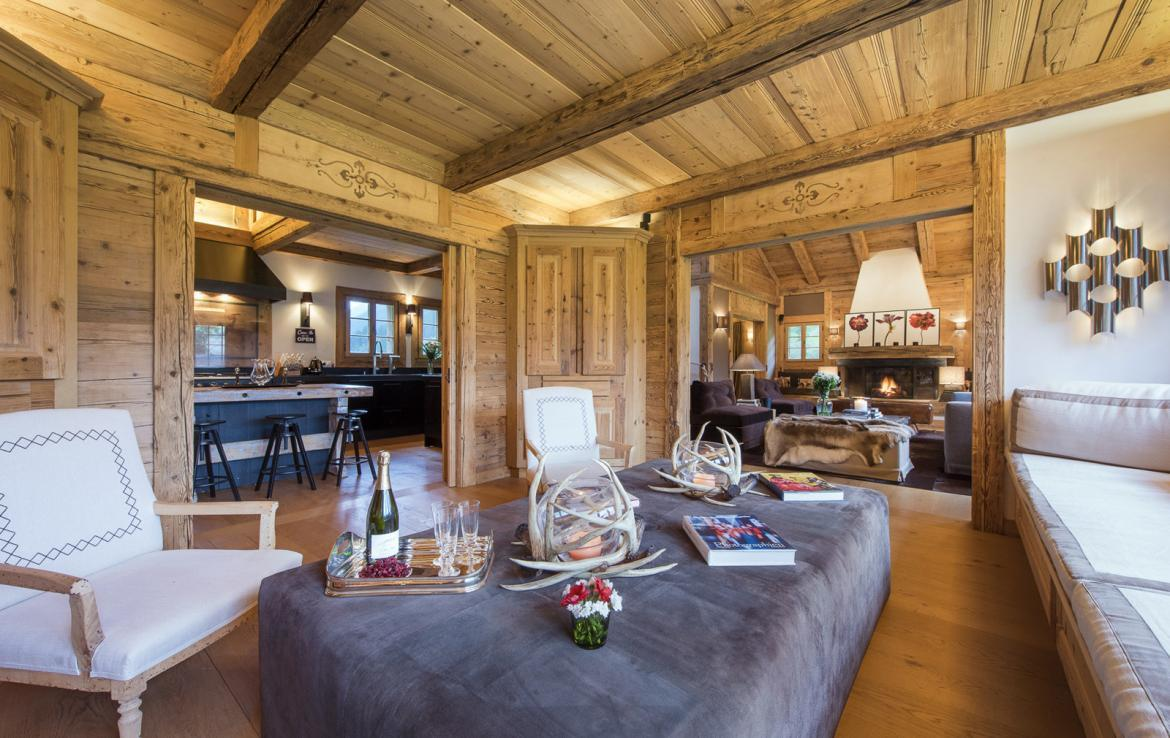 Kings-avenue-gstaad-sauna-hammam-childfriendly-parking-kids-playroom-games-room-gym-boot-heaters-fireplace-cinema-room-plunge-pool-area-gstaad-004-7