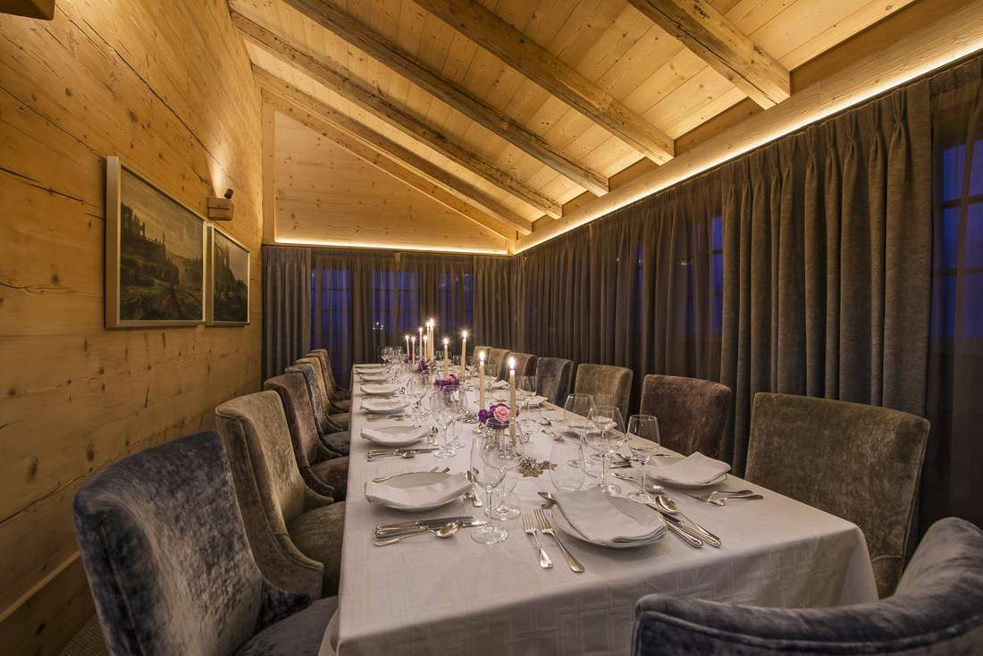 Kings-avenue-gstaad-sauna-outdoor-jacuzzi-covered-parking-cinema-gym-boot-heaters-fireplace-area-gstaad-002-9