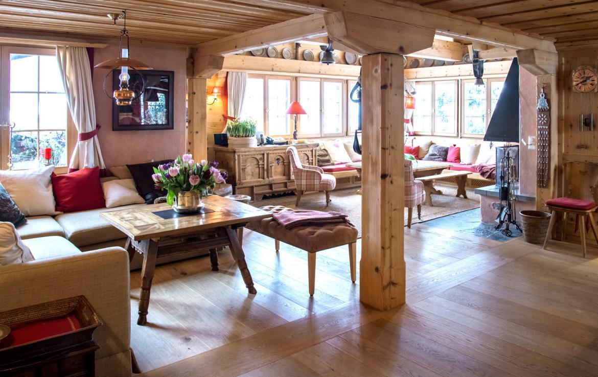 Kings-avenue-klosters-wifi-satellite-sauna-jacuzzi-parking-fireplace-gym-games-dvd-sledges-terraces-balconies-private-garden-area-klosters-004-7