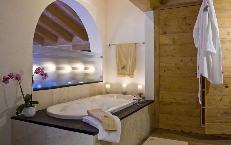 Kings-avenue-klosters-wifi-sauna-jacuzzi-hammam-childfriendly-parking-cinema-boot-heaters-fireplace-terrace-balconies-lift-area-klosters-001-11