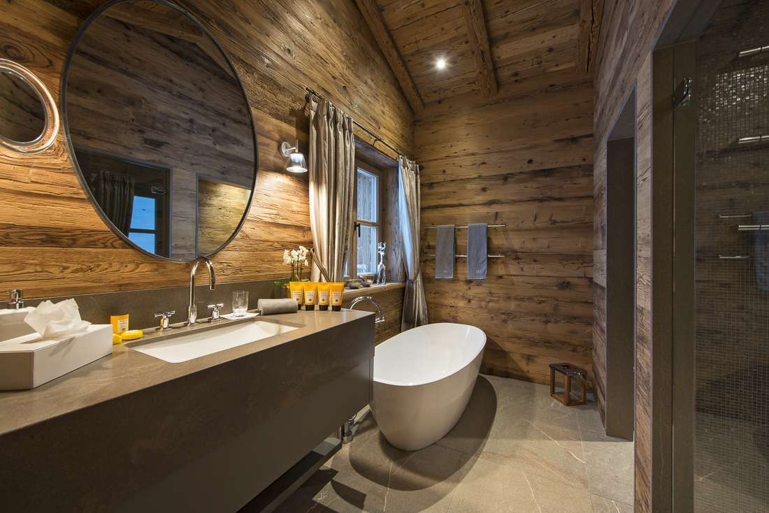Kings-avenue-lech-sauna-jacuzzi-hammam-childfriendly-cinema-gym-boot-heaters-fireplace-ski-in-ski-out-tv-pool-table-massage-treatment-room-balconies-pool-area-lech-003-22