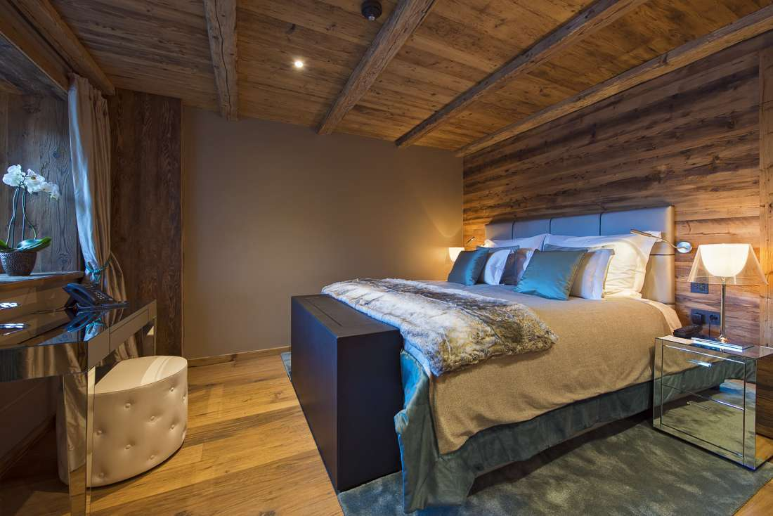 Kings-avenue-lech-sauna-jacuzzi-hammam-childfriendly-cinema-gym-boot-heaters-fireplace-ski-in-ski-out-tv-pool-table-massage-treatment-room-balconies-pool-area-lech-003-23