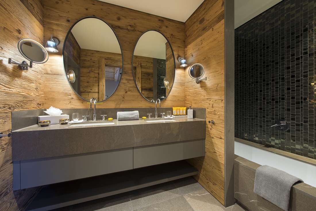Kings-avenue-lech-sauna-jacuzzi-hammam-childfriendly-cinema-gym-boot-heaters-fireplace-ski-in-ski-out-tv-pool-table-massage-treatment-room-balconies-pool-area-lech-003-24