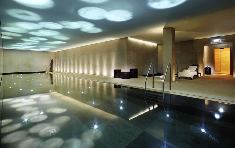 Kings-avenue-lech-sauna-jacuzzi-hammam-swimming-pool-parking-cinema-boot-heaters-fireplace-ski-in-ski-out-area-lech-002-7