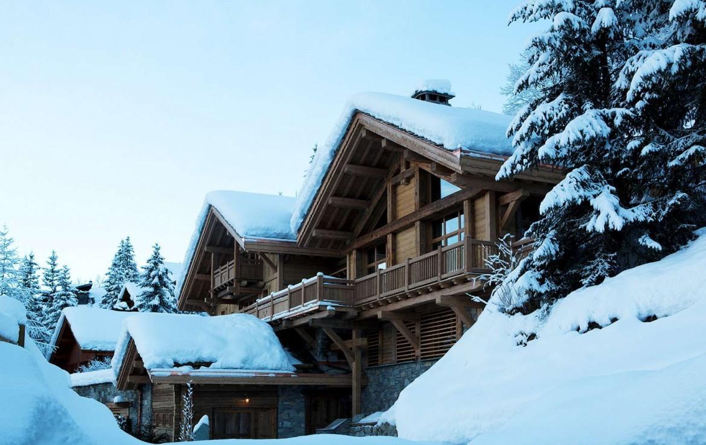 Kings-avenue-méribel-snow-hammam-swimming-pool-childfriendly-parking-cinema-boot-heaters-fireplace-ski-in-ski-out-wine-cellar-area-méribel-002